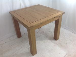 Next_solid_oak_drawer_leaf_dining_table