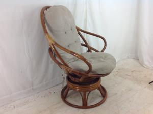 Large_bamboo_revolving_rocking_chair