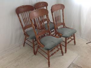 Set_of_4_large_American_style_chairs