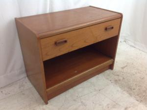 Teak effect tv stand with pull out shelf